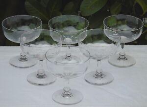 Baccarat-Service-de-6-coupes-a-champagne-en-cristal-a-cotes-venitiennes