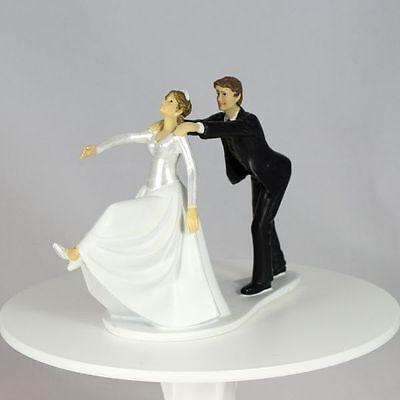 Tortenfigur lustiges Brautpaar Er hält Sie