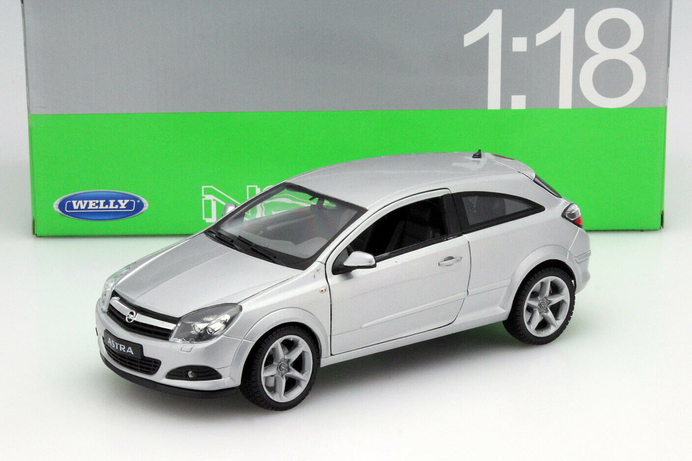 Opel Astra GTC Baujahr 2005 silber 1 18 Welly  | Nicht so teuer
