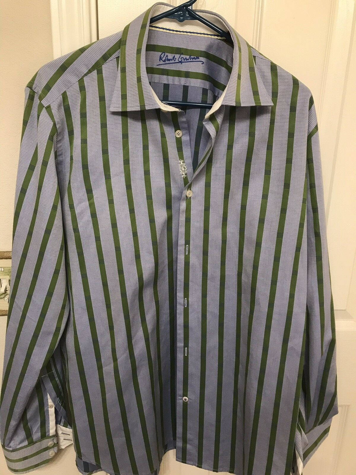 Robert Graham Flip Cuff Shirt Knowledge Wisdom Truth Size L bluee w Green Stripe