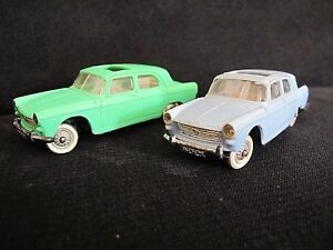 lot-de-2-Peugeot-404-servo-direction-Norev-1-43-France-verte-et-bleue-ciel