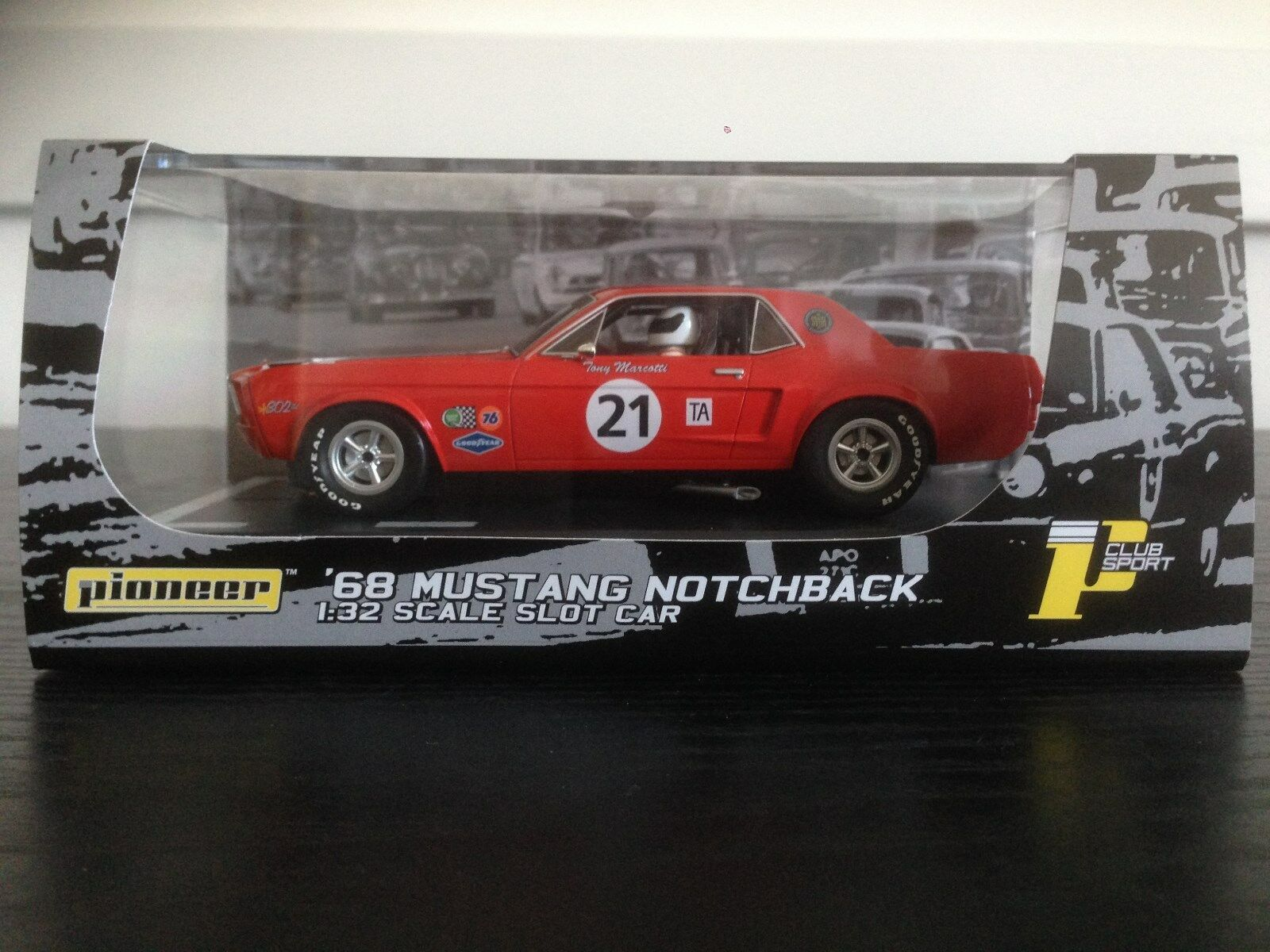 Pioneer Slot Car P012 Ford Mustang 2017 Edition