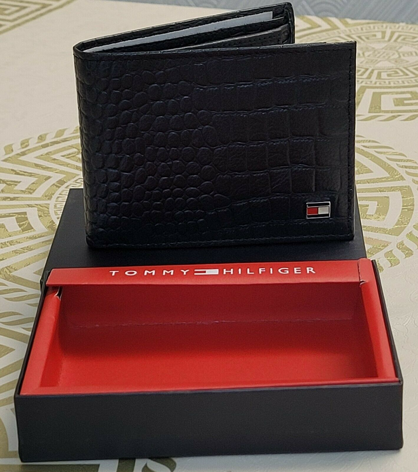 Mens RFID Genuine Crocodile Leather Tommy Hilfiger Wallet Black