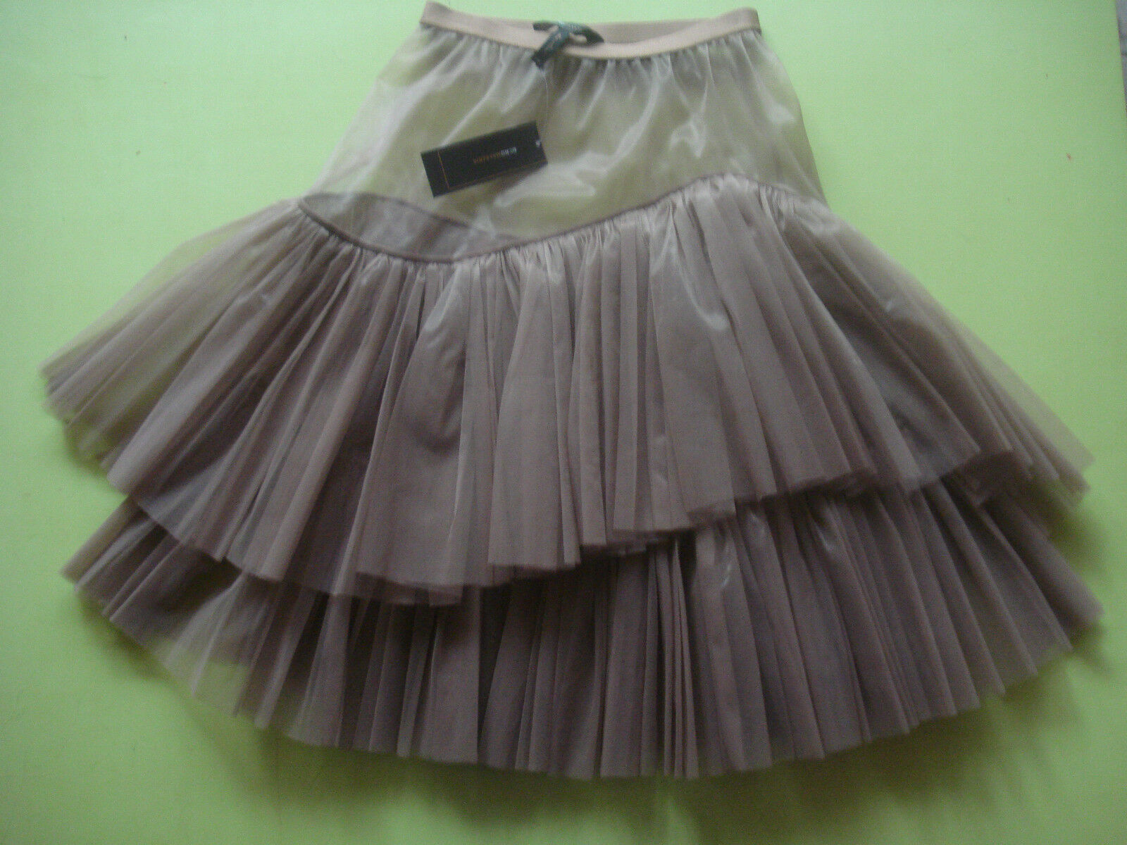 BCBG MAX AZRIA HOLIDAY BALLERINA SKIRT TULLE NETTED  MOCHA XXS NEW