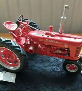 FRANKLIN-Mint-diecast-FARMHALL-McCORMICK-TRACTOR-Model-H-1-12-pre-owned