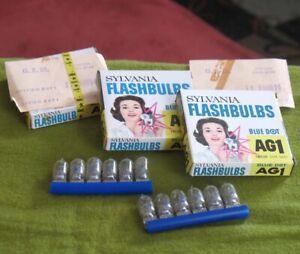 Vintage Sylvania Flashbulbs AG1 Blue Dot 12 Clear Bulbs in 1 Full Box & 2 Empty