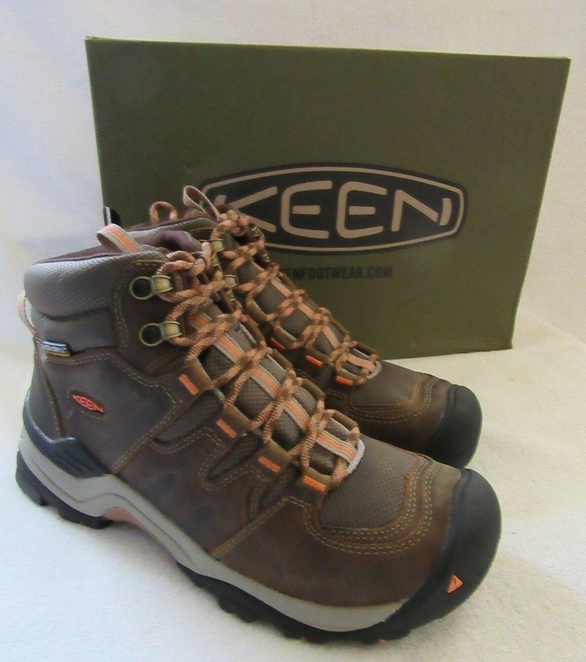 KEEN Gypsum II Mid Waterproof Leather Hiking Boots shoes Size US 7.5 M EU 38 NWB
