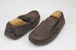 UGG AUSTRALIA MENS ASCOT BOMBER CHOCOLATE SUEDE FULLY LINED SLIPPERS SIZE 7 US