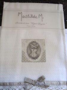 Serviette-d-039-invite-nid-d-039-abeille-esprit-lingerie-Mathilde-M-35-x-35-cm
