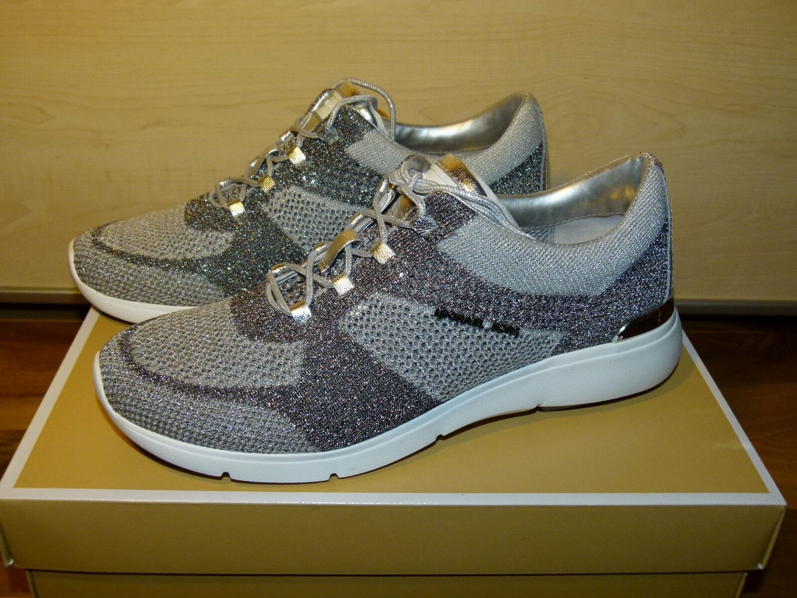 finest selection 3d591 ecbc9  AUTHENTIC  Adidas Originals Women s Nmd Xr1 Clear Onix (BB3686) (BB3686)  ...