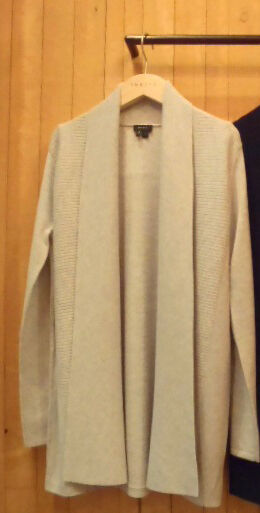 NWT THEORY NOBIZ 100% CASHMERE CARDIGAN SWEATER COLOR NEW TAUPE SIZE M