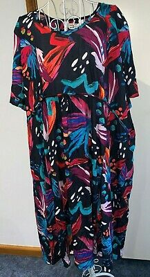 TS dress TAKING SHAPE PETITE plus sz L 22 Miami Nights crushed NWT rrp$110!