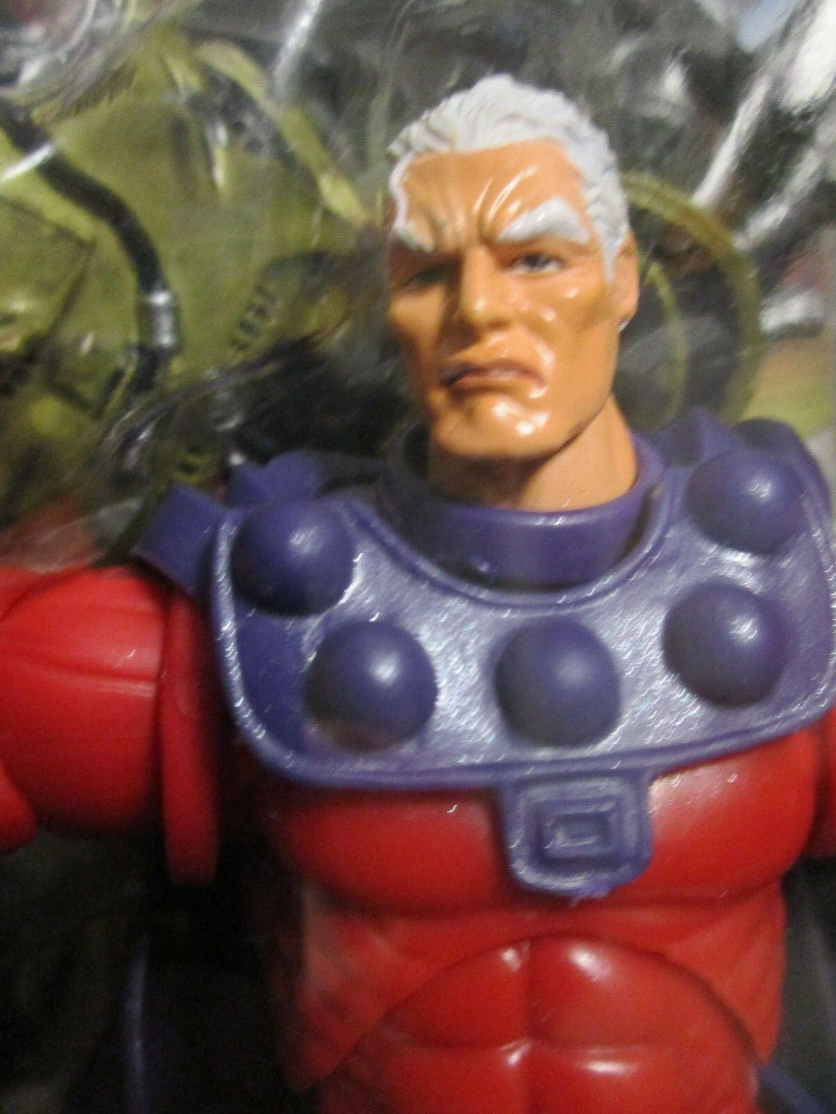 Marvel Legends MAGNETO -- MIP     Wave III Toy Biz   X-Men