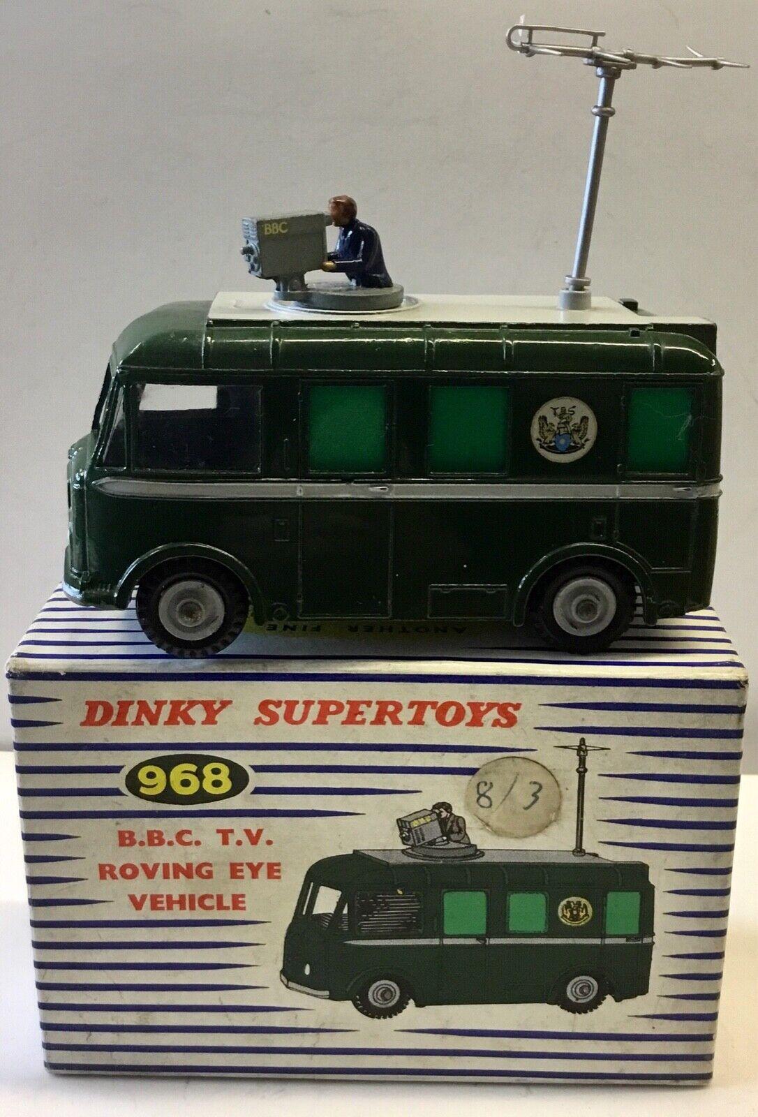 Dinky SuperToy 968 B . C .テレビローイングアイ車