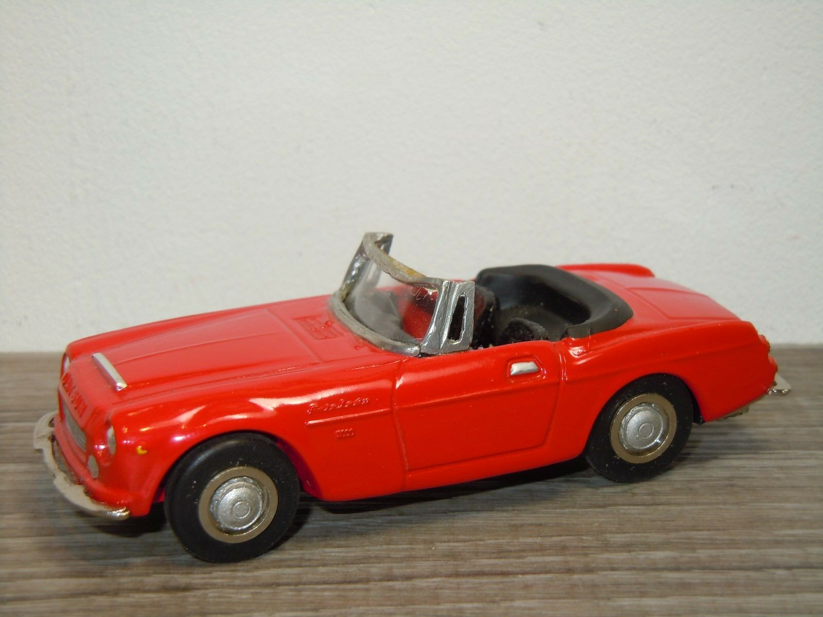 Datsun fairlady 2000 sr311 - diapet sammlung club 1991 in japan 1 43  33675