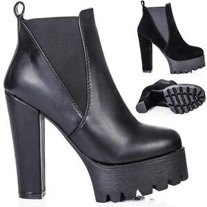 NEW-WOMENS-BLOCK-HEEL-CLEATED-SOLE-PLATFORM-CHELSEA-ANKLE-BOOTS
