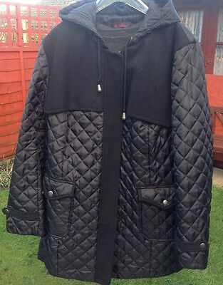 Ladies Hooded quilted coat - Size 22