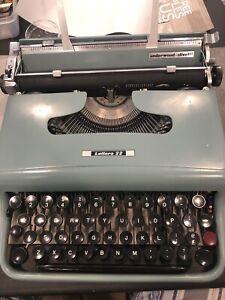 olivetti lettera 22 typewriter