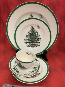 Spode-Christmas-Tree-5-Piece-Place-Setting-Cup-Saucer-Dinner-Salad-Bread-Plates