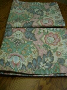 Pair-Crown-Craft-Multi-color-Floral-Cotton-Poly-Quilted-Standard-Pillow-Shams
