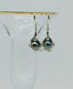STERLING SILVER HILL TRIBE CALLA LILY PEACOCK PEARL LEVER BACK EARRINGS