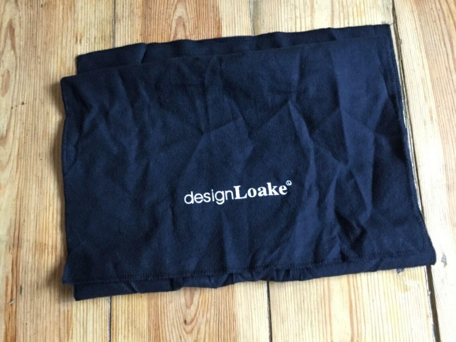 Design LOAKE cloth