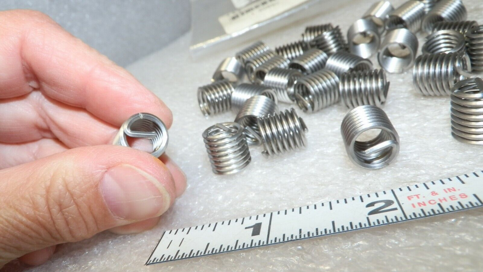 """30 count 18 stainless thread inserts w// tang RH Recoil 03053 new  5//16/"""""""