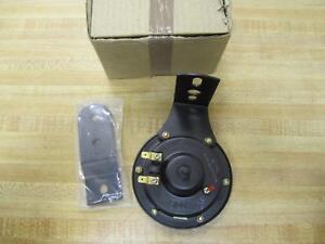 Yale-220017599-Horn-A2YVF-00