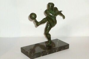 Old-Bronze-Figure-Footballers-Bronce-Player-Soccer-Cup-Ball