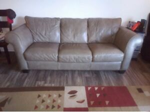 Italian Leather Couches Natuzzi Sold