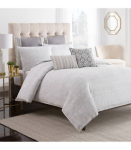 Cupcakes and Cashmere Mgoldccan Geo White King Duvet Cover 8227