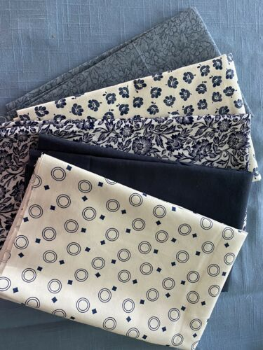 LOT OF TOUCH OF SHADES OF Just Navy  Blue FAT QUARTER FABRIC QUILT