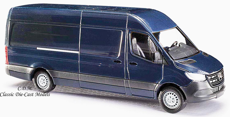 Mercedes Benz Sprinter LWB High Roof Cargo Van 1//87 Scale Busch 52600