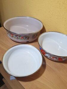 3 neuwertige Kaserolen Töpfe Tiegel aus der DDR , Emailie