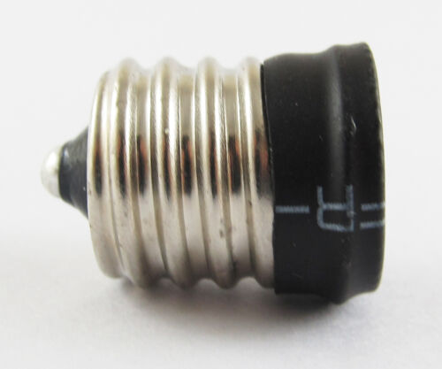 E17 To European E14 Candelabra Base Socket LED Light Bulb Lamp Adapter Holder