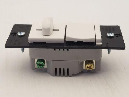 PASS /& SEYMOUR LS600PWV TOGGLE DIMMER LIGHT SWITCH SP 120VAC 60HZ 600W WHITE