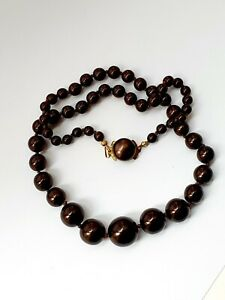"Vintage 19""  1950s Graduated Bead Necklace"