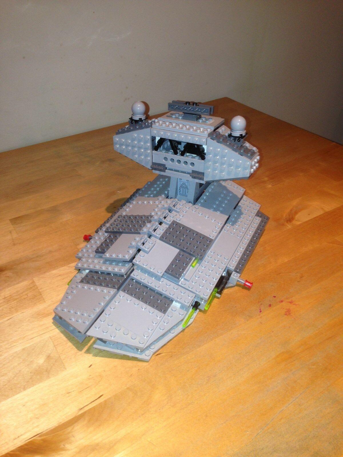 Célébrez Noël, accueillez accueillez accueillez le Nouvel An et re ez à la famille Lego Star Wars 6211-Imperial Star Destroyer (carton) e6aaf0