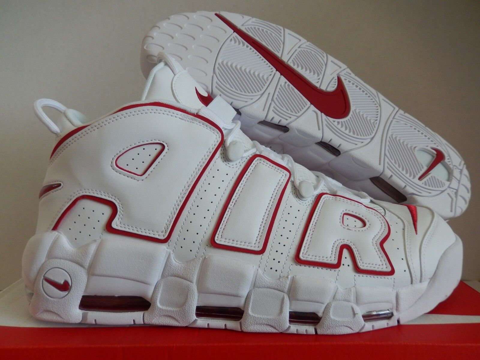 Nike air più ritmo 96 white-var red scottie pippen tori sz 15 [921948-102]