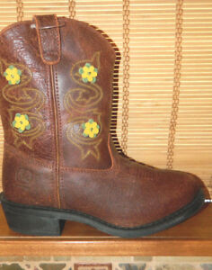 girls boots size 4.5