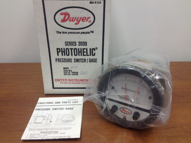 Business & Industrial Dwyer Series 3000 Photohelic Pressure Switch ...