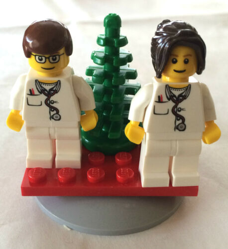 *BRAND NEW* Lego Minifig MALE /& FEMALE DOCTORS Hanging CHRISTMAS ORNAMENT