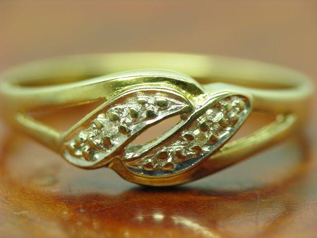8kt 333 yellow gold RING MIT DIAMANT BESATZ   DIAMANTRING   1,2g   RG 53