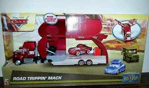 CARS-ROAD-TRIPPIN-039-MACK-HAULER-CAMION-SAETTA-Mattel-Disney-Pixar