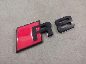 audi r8 logo emblem schwarz rot schriftzug aufkleber badge. Black Bedroom Furniture Sets. Home Design Ideas