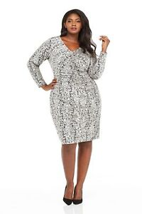 Details about London Times Women\'s Plus Size Ruched Front Printed Velvet  Sheath Dress
