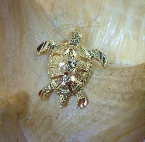 16.5MM SOLID 14K YELLOW GOLD RAISED DIAMOND CUT HAWAIIAN HONU SEA TURTLE PENDANT