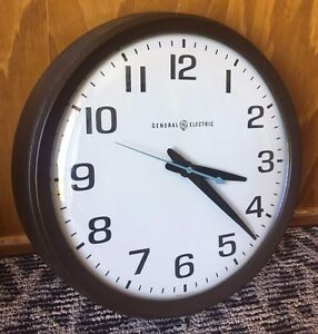 "Vintage GE SCHOOL 14"" WALL CLOCK Industrial BUBBLE CURVED GLASS Electric 2012"