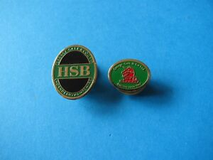 2-Small-George-Gale-Brewery-Beer-Badges-VGC-Unused-Horndean-Hampshire