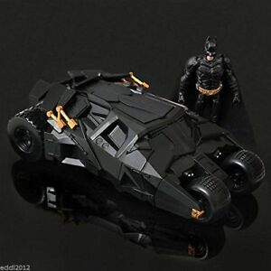 Batman-Dark-Knight-Rises-Exclusive-Vehicle-Batmobile-with-Batman